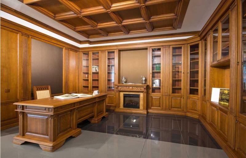 Купить Кабинет Босс из массива в коричневом цвете со встроенными шкафами с полками для книг под заказ