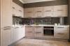 Кухня Мартин из дерева в стиле современной классики с серой столешницей