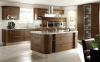 Кухня Миракс коричневого цвета с подвесными шкафами со стеклом