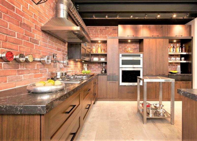 Кухня Руфина в классическом стиле в темных тоннах с правильными формами