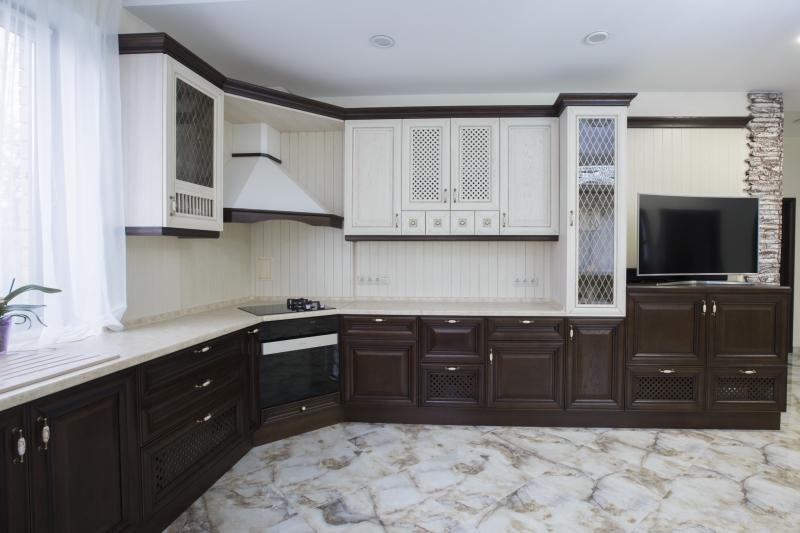 Кухня Лена угловая белого цвета в стиле прованс