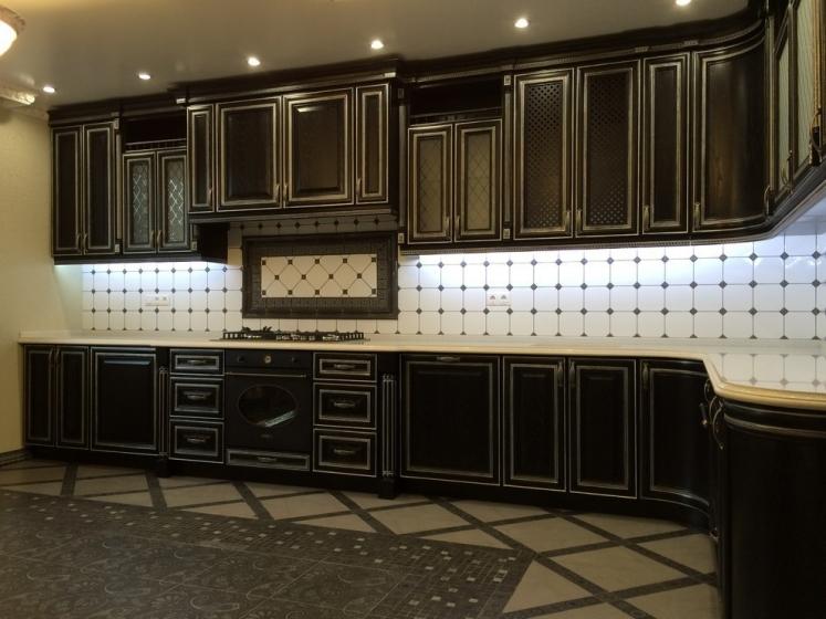 Купить Кухня Земфира в стиле современной классики в практичной прямой планировке  под заказ