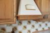 Кухня Кассандра в классическом стиле П-образной формы из массива