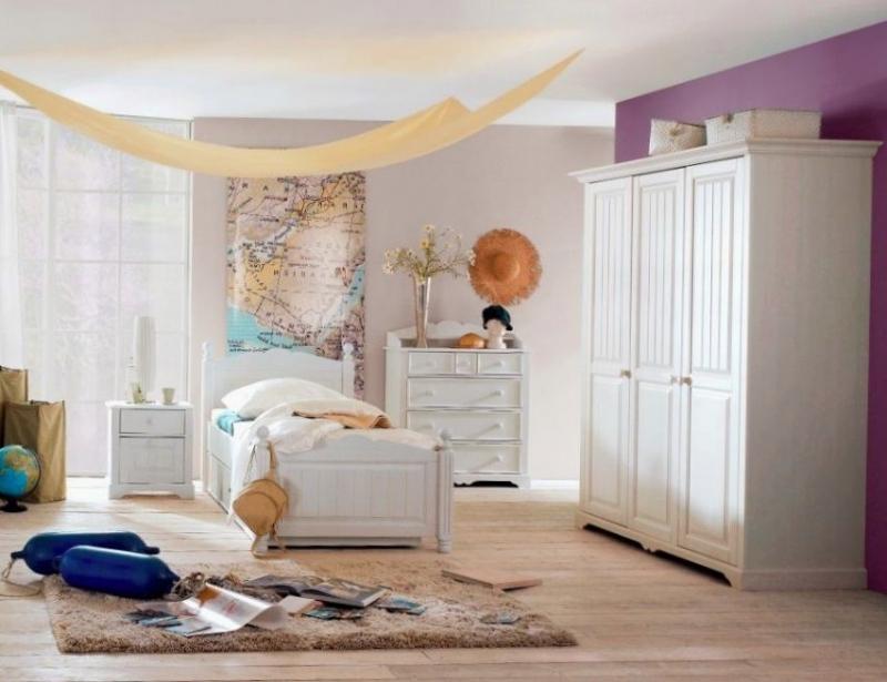 Детская Ария в классическом белом стиле с комодом и шкафом