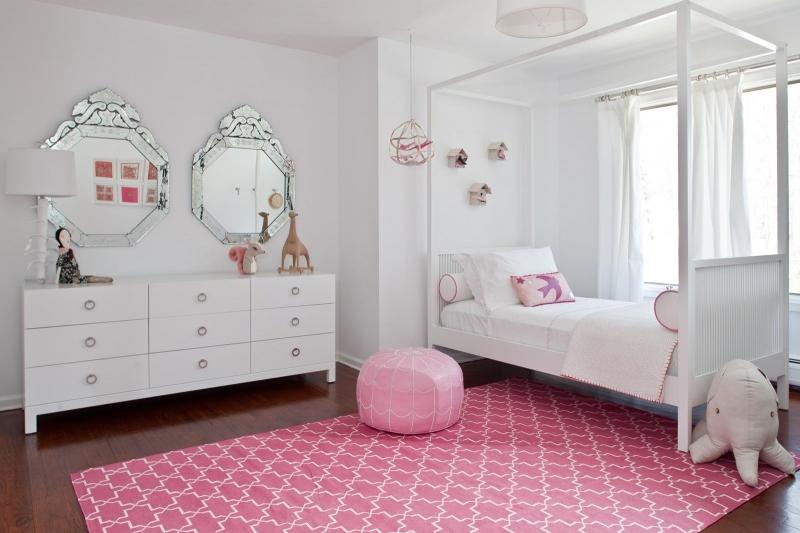 Детская Дюймовочка в белом цвете в комплекте с комодом и кроватью