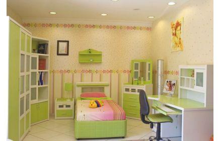 Купить Детская Элиза в нежных оттенках зелёного со столом и комодом для комнаты девочки под заказ