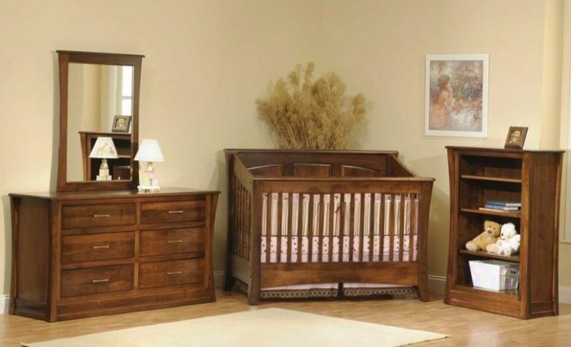Детская Вилда из массива дерева темно-коричневого цвета на 3 предмета с кроватью