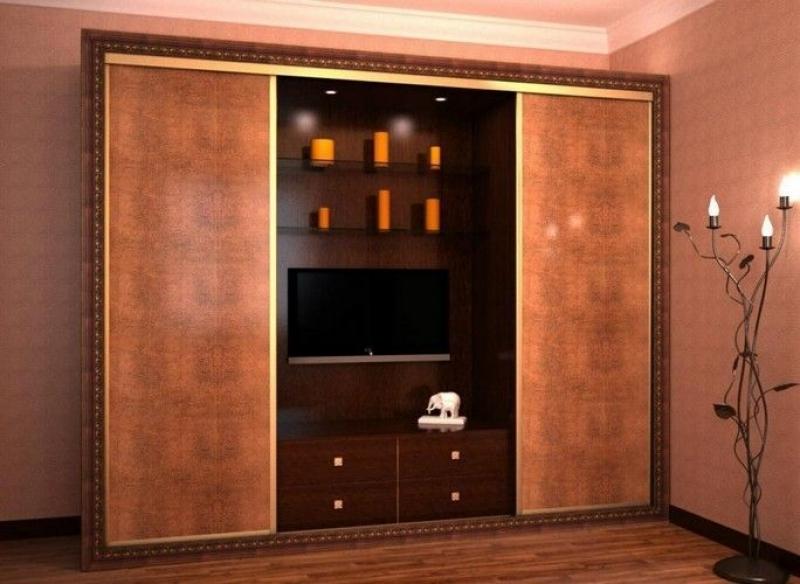Гостиная Изида стильная из двух больших шкафов и нишей для телевизора