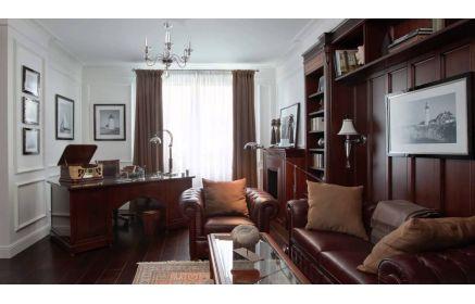 Купить Кабинет Радушие в классическом стиле темно-янтарного цвета с отдельным шикарным столом  под заказ