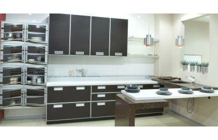 Купить Кухня Доминика с черным фасадом и белой подвесной столешницей  под заказ