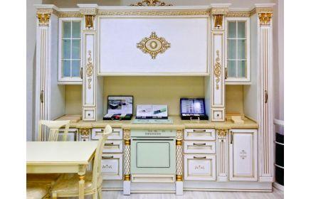 Купить Кухня Доротея в классическом белом стиле с золотым обрамлением декоративными элементами на фасаде  под заказ