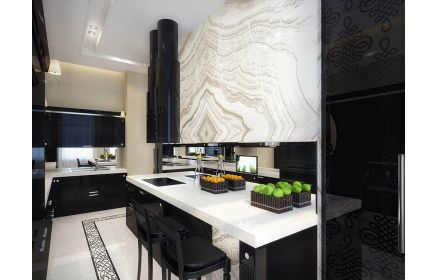Купить Кухня Дороти в современном стильном исполнении с черным фасадом и белой столешницей  под заказ