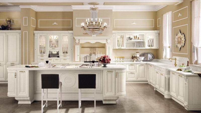 Кухня Фламинго угловая белого цвета в классическом стиле для большой комнаты