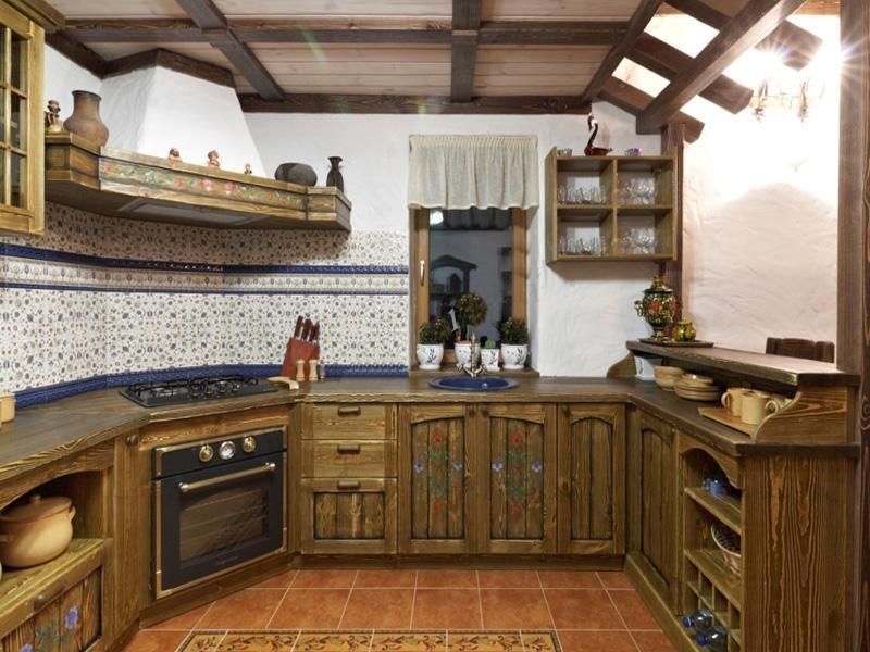 Купить Кухня Ждана П-образная из массива дерева со встроенной техникой  под заказ