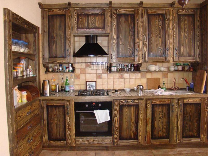Купить Кухня Жемчужина угловая из дерева со встроенной техникой   под заказ