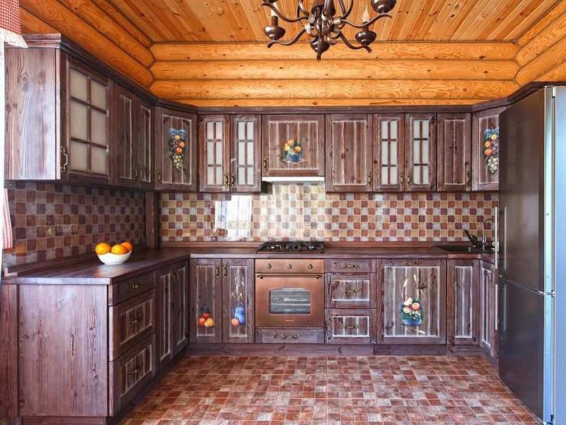 Купить Кухня Лада из дерева с подвесными ящиками со стеклянными дверцами  под заказ