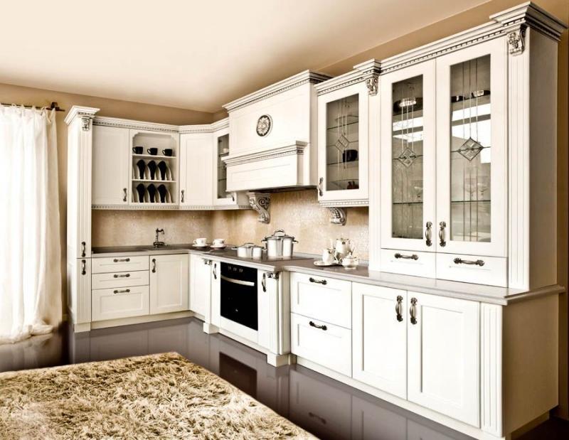 Кухня Перлита из массива дерева в стиле классики под старину