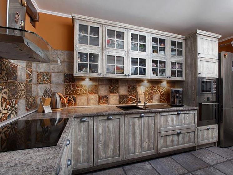 Купить Кухня Снежана угловая серых оттенков из натурального дерева под заказ