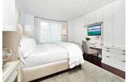 Купить Шкаф Света стенка с отделением под телевизор 10 дверей 1 стол 10 ящиков окрас дерева в белый цвет под заказ