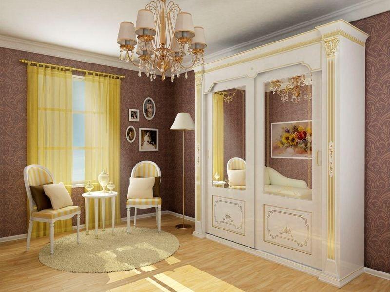 Прихожая Акцент в классическом стиле белого цвета с золотой окантовкой