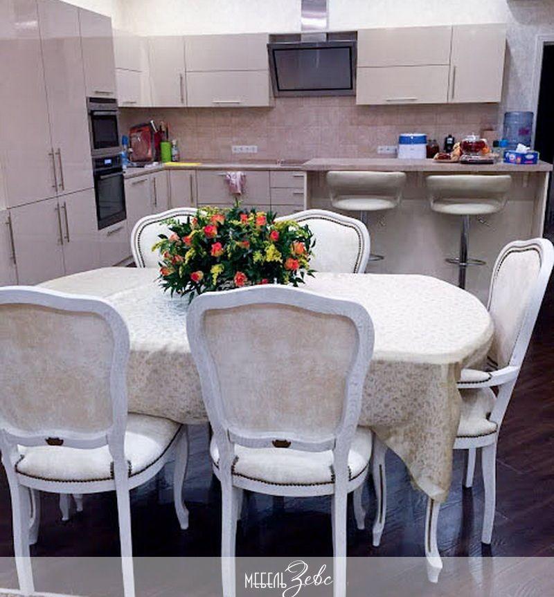 обеденный_стол_в_кухне