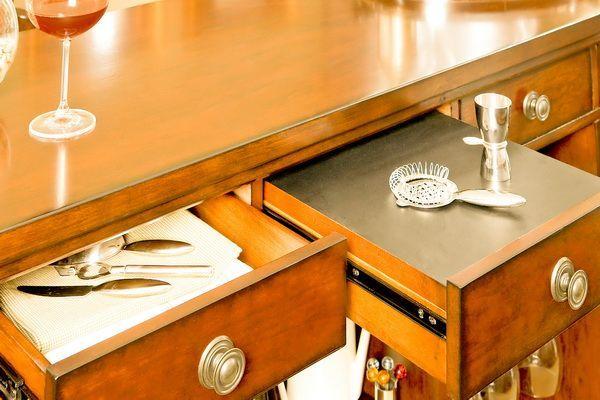 Барная стойка для кухни из массива