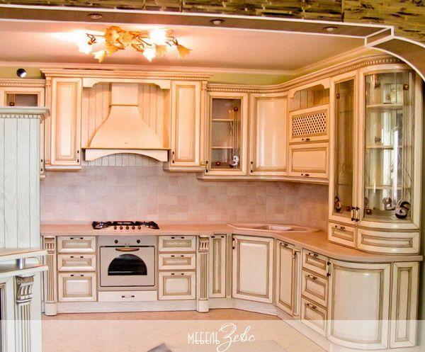 Интерьер маленькой кухни 03