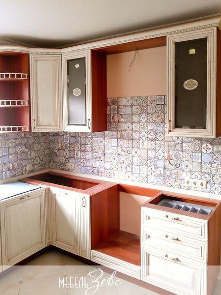 Как повесить шкафы на кухне 03