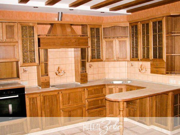 Кухня в сталинке фото