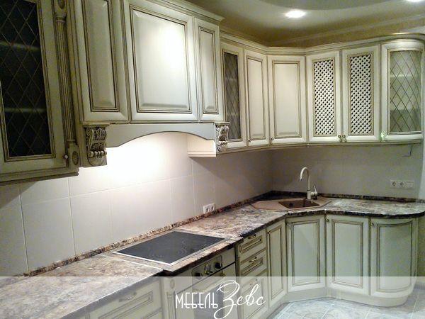 Навесные шкафы для кухни из массива
